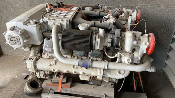 MAN Marine Engine D248LE401 700 HP