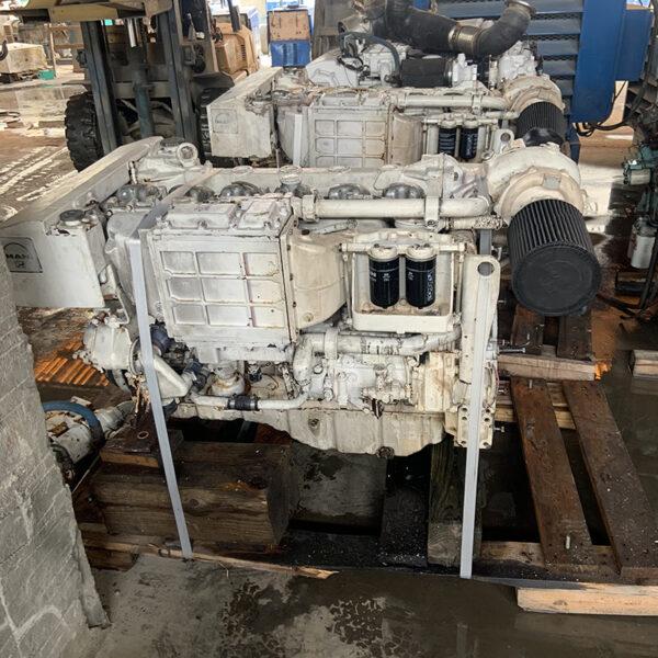 Good Used Man Marine Engine 6 cyl ,600 HP